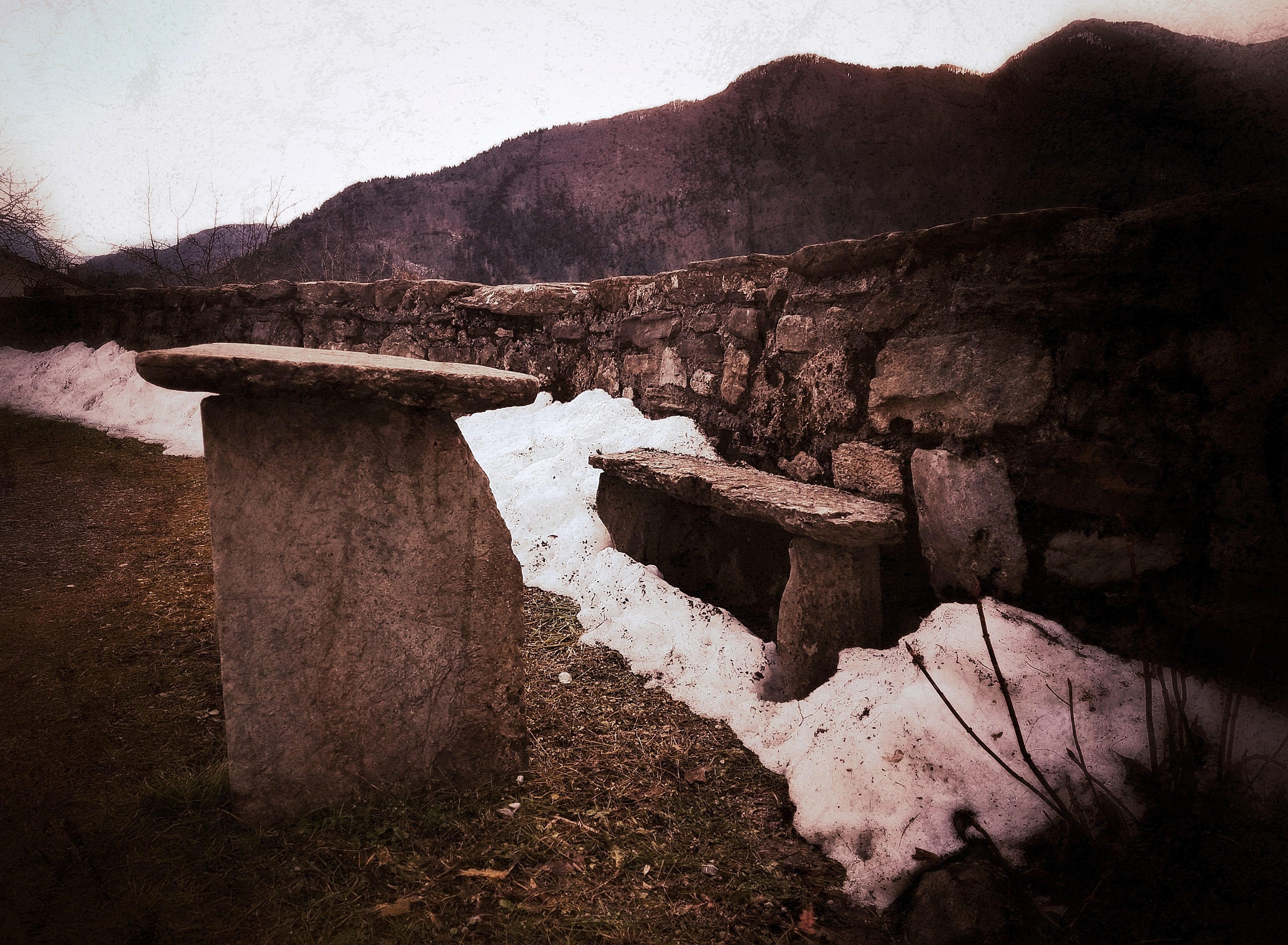 Il mistero del finto dolmen di Ovaro-3