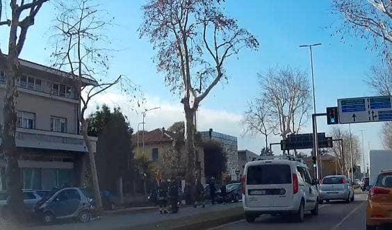Incidente stradale in viale Venezia, ferita una 72enne alla guida di una Smart-3