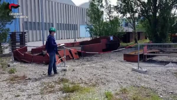 Oltre 1.500 tonnellate di rifiuti in aree abusive: sequestro e denuncia per un'importante realtà industriale