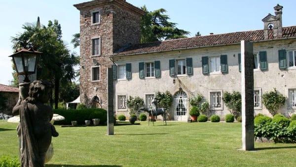 Villa Romano: la visita gratuita che fa rivivere la mise en place dell'800