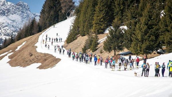 """""""Tocca il ferro"""", a Sappada la seconda fun race anomala in montagna"""