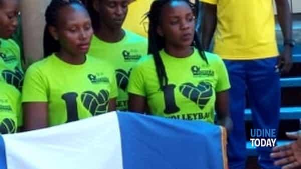 juvenilia volley ospita la squadra universitaria ugandese-2