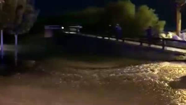 VIDEO Acqua alta a Lignano, le immagini della notte
