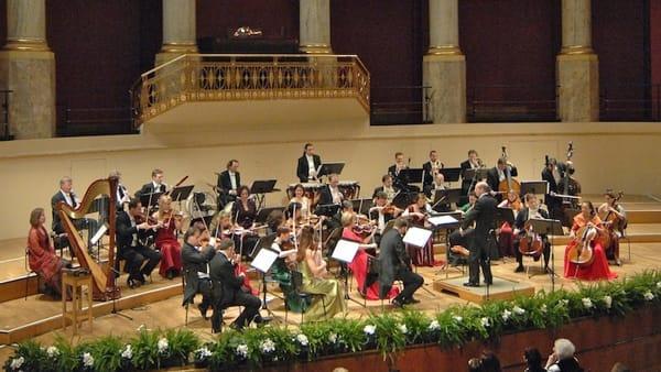 Capodanno 2019 a teatro, il concerto della Strauss Festival Orchestra