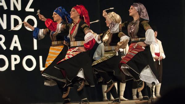 """""""Danzando tra i popoli"""", il festival folcloristico compie 18 anni"""