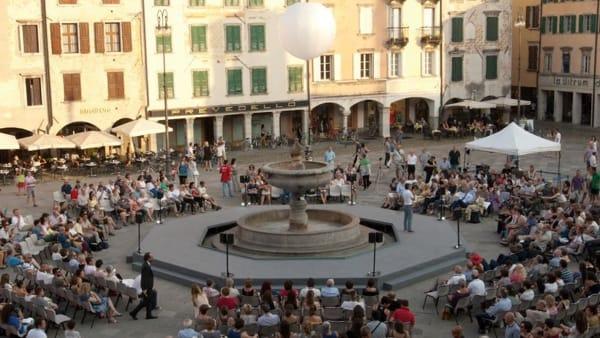 Conoscenza in Festa, torna nel centro storico di Udine il festival del sapere