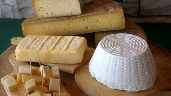 A Lateis la Festa del formaggio di malga e dei piccoli frutti