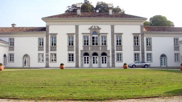 Artisti in Villa, porte aperte a Nogaredo al Torre