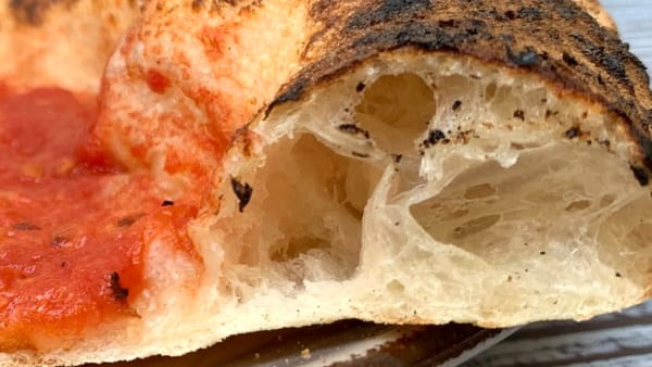 """In San Giacomo apre """"Assaje"""", pizzeria e friggitoria tipicamente napoletana"""