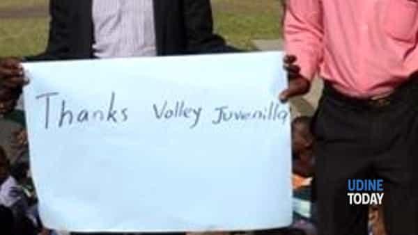 dal lontano uganda un grazie alla juvenilia rugby & volley-2