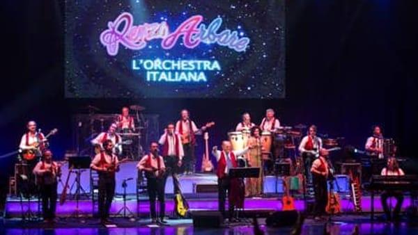 Renzo Arbore e l'Orchestra Italiana in concerto a Lignano Sabbiadoro