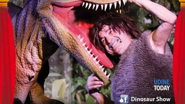 """Dinosauri """"vivi"""", lo spettacolo in città"""