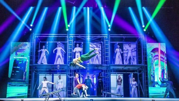 """""""Tilt"""": lo spettacolo di circo contemporaneo con i migliori artisti dal Cirque du Soleil torna a Udine"""