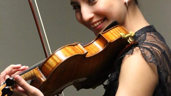 L'astro nascente del violino Elisso Gogibedashwili a Enoarmonie