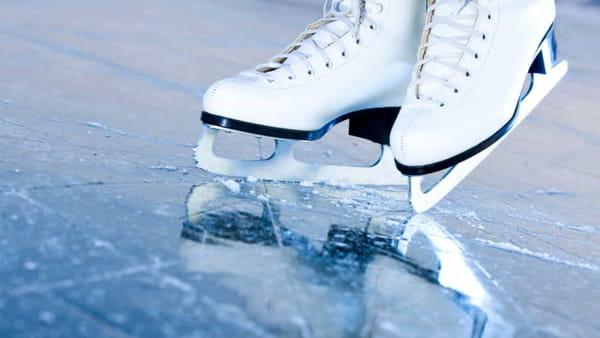 Pattinaggio su ghiaccio, apre la prima pista in città