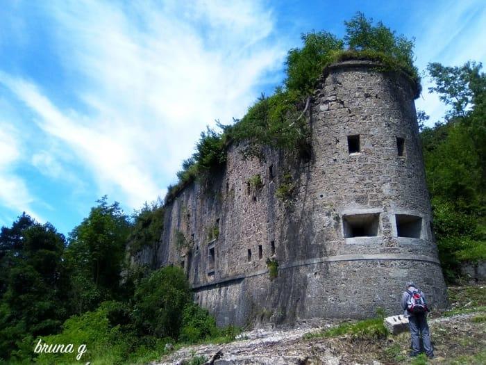 Forte Hensel sul promontorio del Tschalawaj a Malborghetto-2
