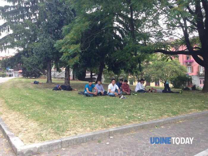 Profughi Piazzale D'Annnzio Udine-3