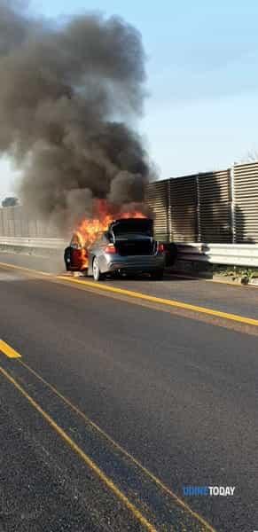 auto a fuoco-2