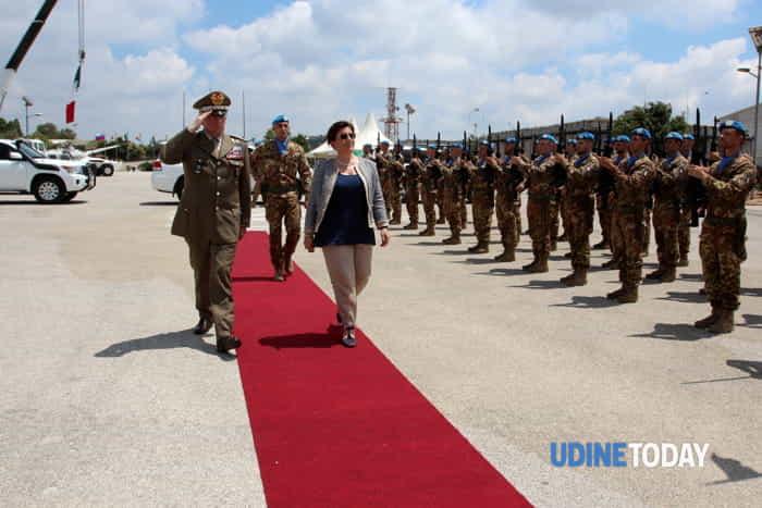 Il  Ministro della Difesa Trenta in Libano incontra i caschi blu della Julia-4