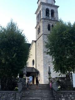 Cellulari vietati in chiesa, il singolare invito ai fedeli presente a Resia-2